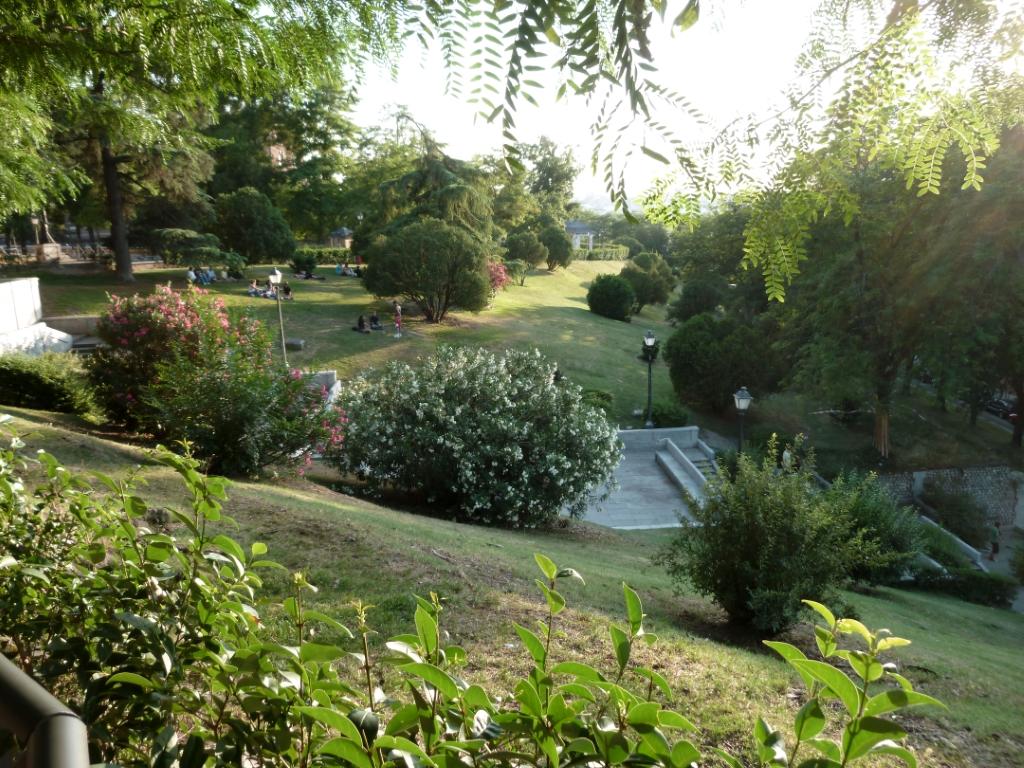 Jardines las vistillas en madrid jardines en espa a for Jardines de madrid